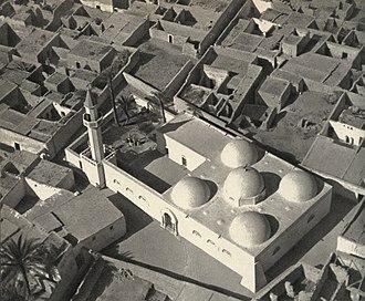 Jufra District - Image: المسجد العتيق بالمدينة القديمة لهون في الثلاثينيات من القرن 20