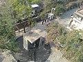 从上面看下面的警世钟 - panoramio.jpg