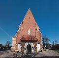 00020Niepołomice, zespół kościoła par. p.w. NMP i Dziesięciu Tysięcy Męczenników, XIV, XVII.jpg