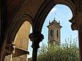 085 Sant Jeroni de la Murtra, galeria nord del claustre, campanar.JPG