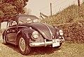 1956 Volkswagen Escarabajo with canvas roof (7081621279).jpg
