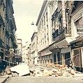 1968-05 Évènements de mai à Bordeaux - Rue des Ayres.jpg