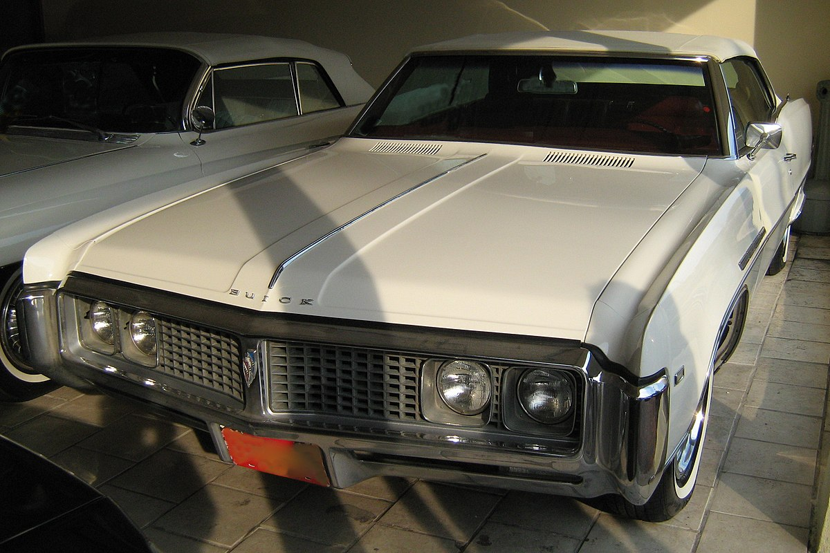 Px Buick Electra Custom White Convertible