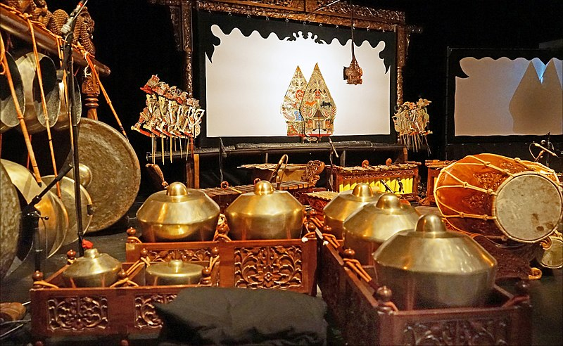 File:1 collection of Indonesian musical instruments, screen and puppets for wayang kulit Mahabharata show.jpg