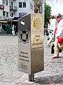 2004-04-21-bonn-sternstrasse-pilgerstele-02.jpg