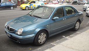 https://upload.wikimedia.org/wikipedia/commons/thumb/a/a9/2006_Lancia_Lybra_front.JPG/305px-2006_Lancia_Lybra_front.JPG