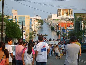 2007 Tabasco flood - Avenida Méndez, Villahermosa, Tabasco