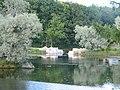 2008-07-24 Гатчина. Реставрация одного из чугунных мостиков.jpg