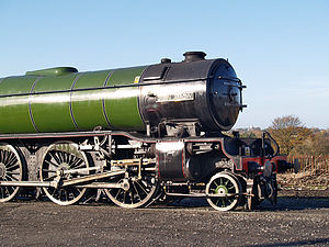 Pony truck - LNER Class V2 4771 Green Arrow showing pony truck in front of cylinders and driving wheels