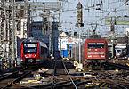 620 028 & 101 051-1 Köln Hauptbahnhof 2015-12-26.JPG