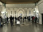 Aéroport international de Tunis-Carthage - hall principal.jpg
