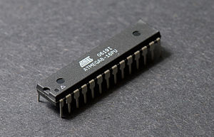Atmel AVR - Atmel ATmega8 in 28-pin narrow DIP