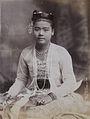 A Burmese lady in 1907.jpg