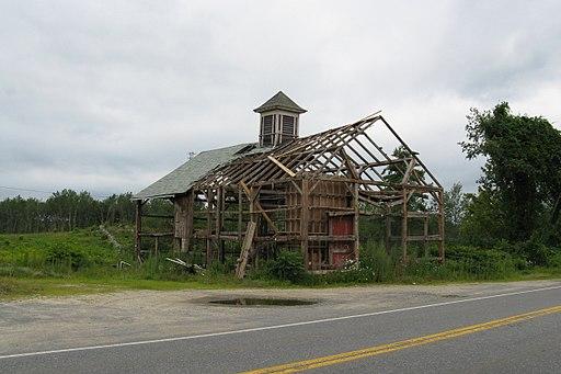 Abandoned barn, Athol MA