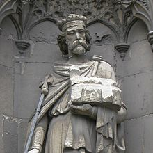 Aethelberht of Kent sculpture on Canterbury Cathedral-crop.jpg