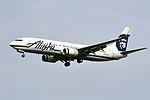 Alaska Airlines, Boeing 737-890(WL), N551AS - PDX (18393239885).jpg