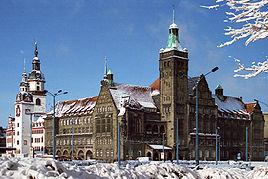 Det gamle og nye rådhus i Chemniz