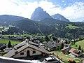 Apartement Etruska mit Blick auf Lankofel und Plattkofel - panoramio.jpg