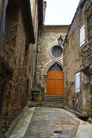 Arquettes-en-Val - Entrance to the Church