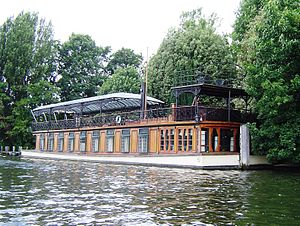 Fred Karno - Karno's Astoria houseboat from the river