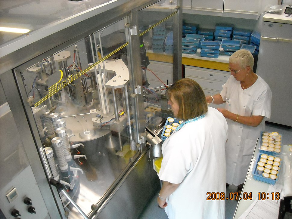 Automated liquid oral dose