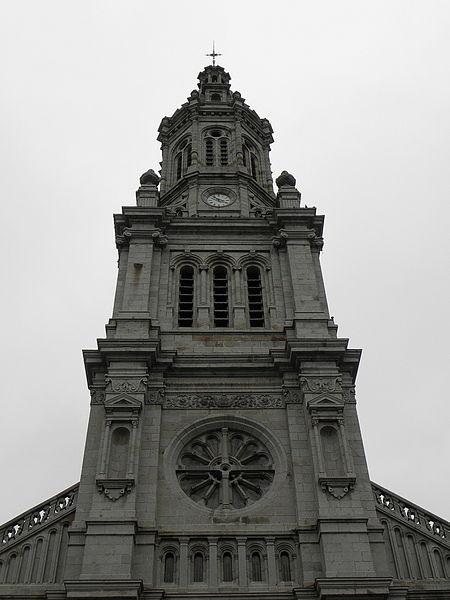 Tout-clocher de la basilique Saint-Gervais d'Avranches (50).