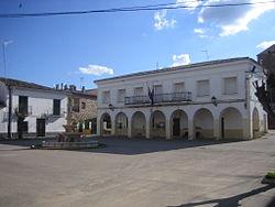 Ayuntamiento Alcazar del Rey.jpg
