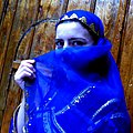 Azerbaijani girl in in national costume 2.JPG