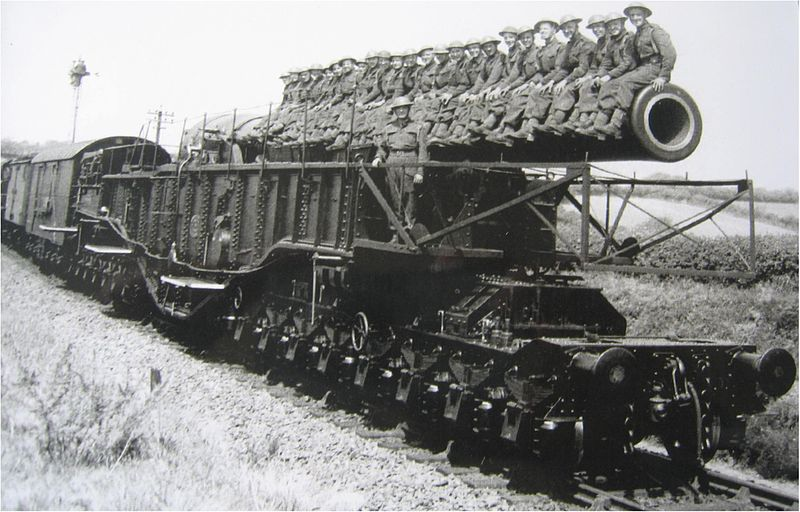 File:BL 18 inch Howitzer Ashbury Station WWII.jpg