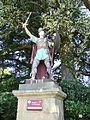 Bassoues (Gers) statue St.Fris sortie sud-ouest du village.JPG