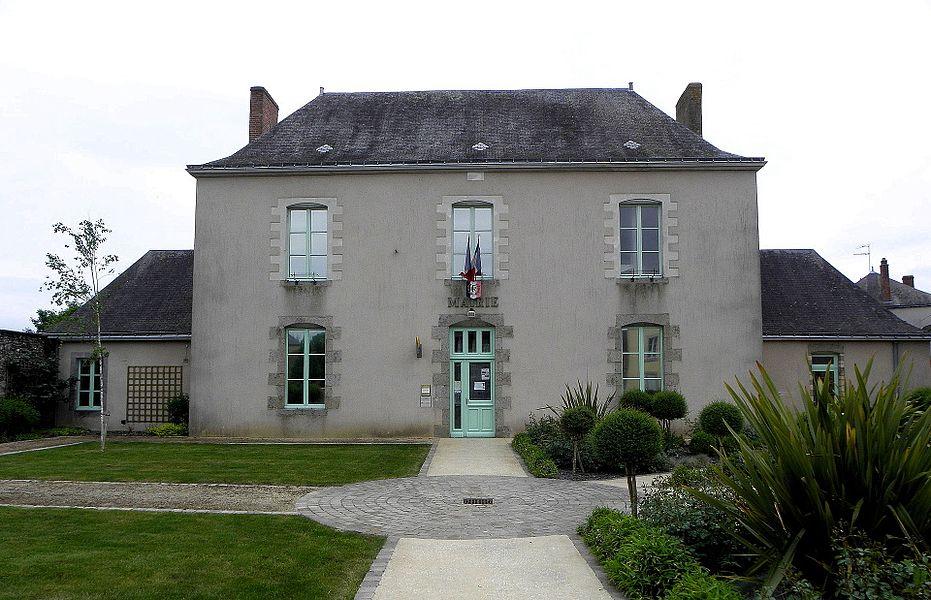 Mairie de Bazougers (53).