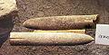 Belemnieten (inwendige skeletten van inktvissen) uit Maastricht, geologische collectie, Streekmuseum Het Land van Valkenburg, Limburg - Copy.jpg