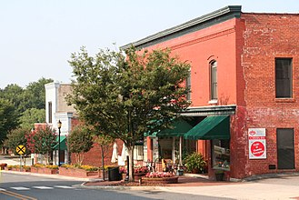 Belmont, North Carolina - Image: Belmont NC Historic Downtown 1