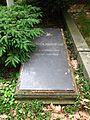 Berlin, Kreuzberg, Bergmannstrasse, Dreifaltigkeitsfriedhof II, Grab Friedrich August Leo.jpg