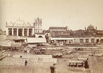 Chawk Mosque - Shahi Mosque in Chowk Bazaar (on the upper-left) - photograph taken by Johnston and Hoffmann in 1885
