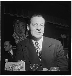 Bob Chester, June 1947 (Gottlieb 01231).jpg
