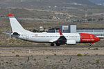 Boeing 737-8JP(w) 'LN-NHG' Norwegian (24479838679).jpg