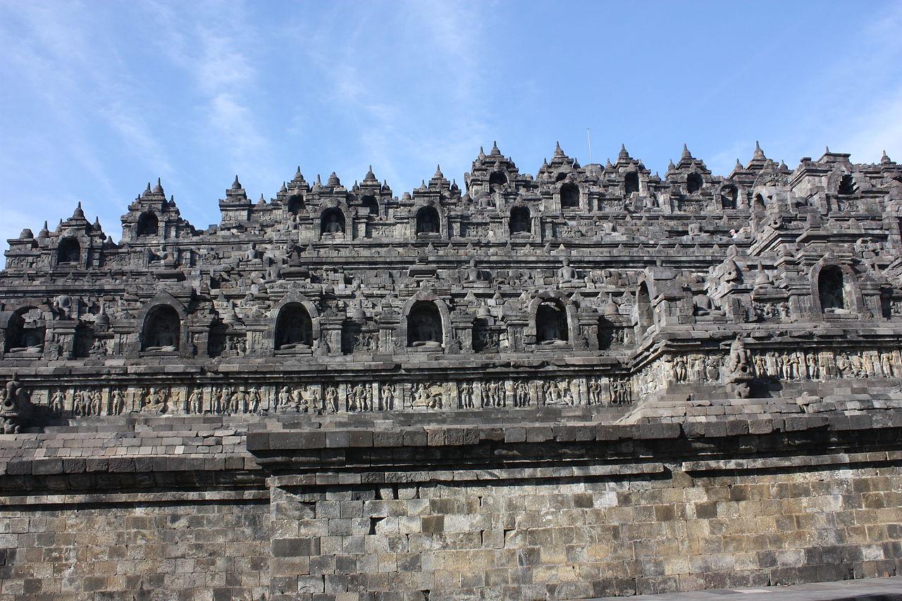 1280px-Borobudur_(6806955622).jpg?uselang=ru