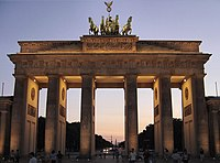 Brandenburg gate sunset.jpg