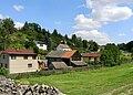 Bratronice, Dolní Bezděkov, East 2.jpg