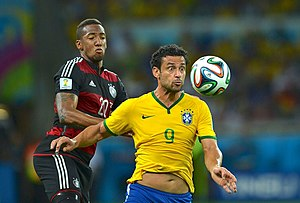 Fred (footballer) - Fred and Jérôme Boateng in the 2014 World Cup semi-final between Brazil and Germany.