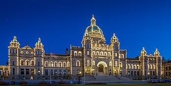 Les bâtiments du Parlement, à Victoria, siège de l'Assemblée législative de la Colombie-Britannique. (définition réelle 4649×2357)