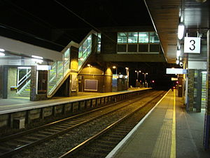 Broxbourne railway station - Image: Broxbourne railway station Platforms & bridge