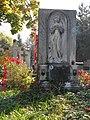 Bucuresti, Romania. Cimitirul Bellu Catolic. Zi de toamna insorita cu inger (3).jpg