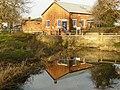 Buildings at Cranfleet Lock - geograph.org.uk - 1090599.jpg