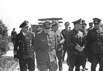 8 cm Raketen-Vielfachwerfer - Image: Bundesarchiv Bild 101I 300 1863 35, Riva Bella, Waffenvorführung Panzerwerfer, Rommel