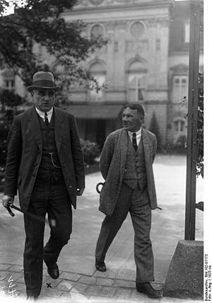 Otto Braun - Prussian Prime Minister Otto Braun (left) in 1925