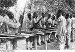 Des auxiliaires de police (   Polizeiaskaris    ) en Afrique orientale en 1906