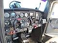 C152 cabina.jpg