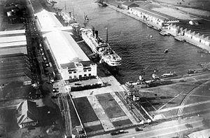 SS Jan Pieterszoon Coen - SS Jan Pieterszoon Coen docked in Batavia ca. 1937